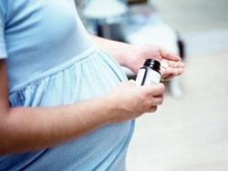 Hỏi: Bị táo bón khi mang thai nên dùng thuốc gì?