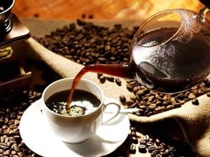Huyết áp cao: hủy bỏ cà phê?