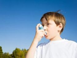 Hỏi: Làm sao biết con bị hen suyễn?
