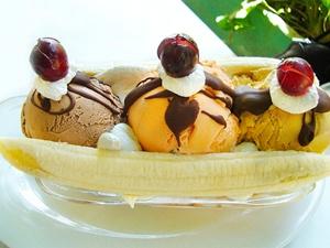 Những lưu ý khi ăn kem ngày nóng bức